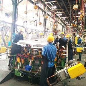 柳州市华鹏机电焊接产品弹簧平衡器在比亚迪使用